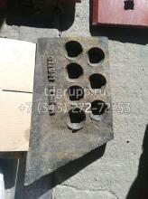 011501-93-21 Нож боковой правый (литье) Четра Т-15.01