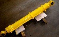 87594954 Гидроцилиндр рукояти для New-Holland LB-90, LB-110